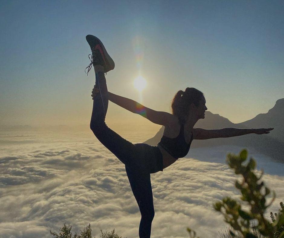 Nina Dobrev Yoga